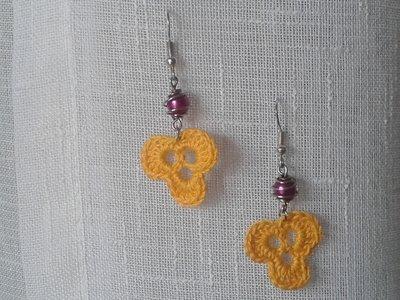 orecchini all'uncinetto con perline
