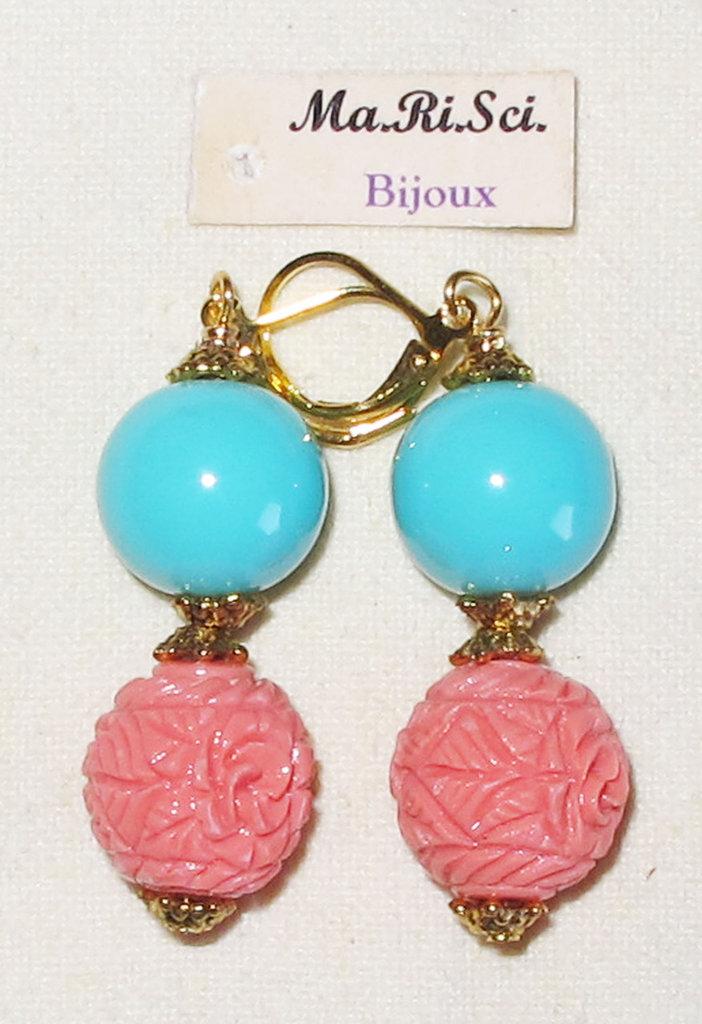 Orecchini artigianali pendenti con perle turchese e pasta di corallo rosa