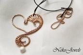 Cuore cavalluccio marino wire weaving a ventaglio rame naturale e giada pendente con collana