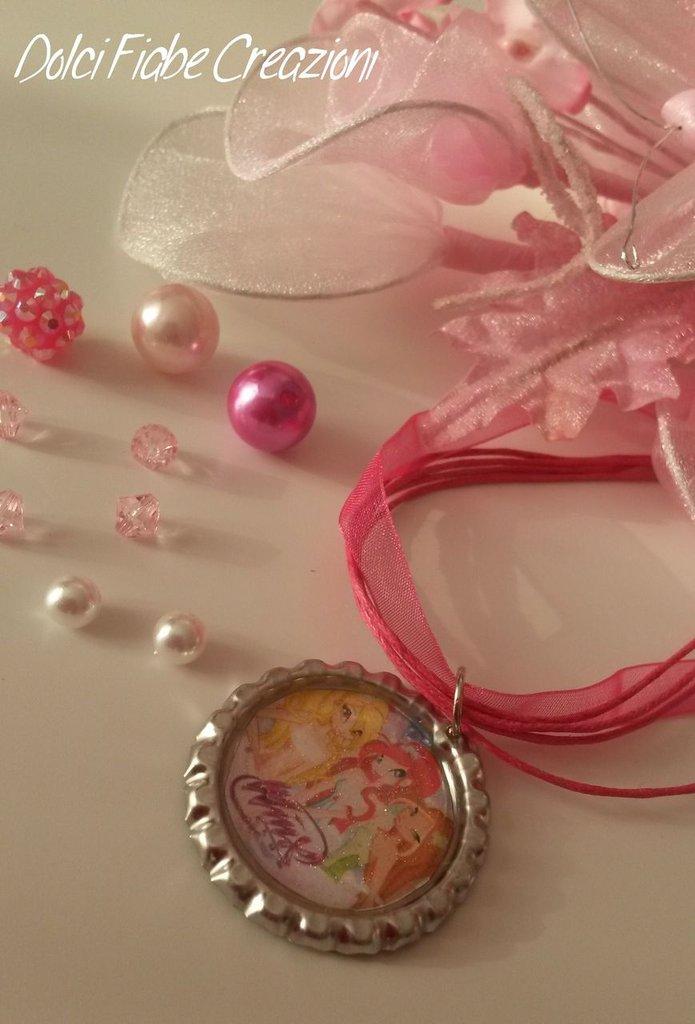 Bottle cap necklace - personaggi
