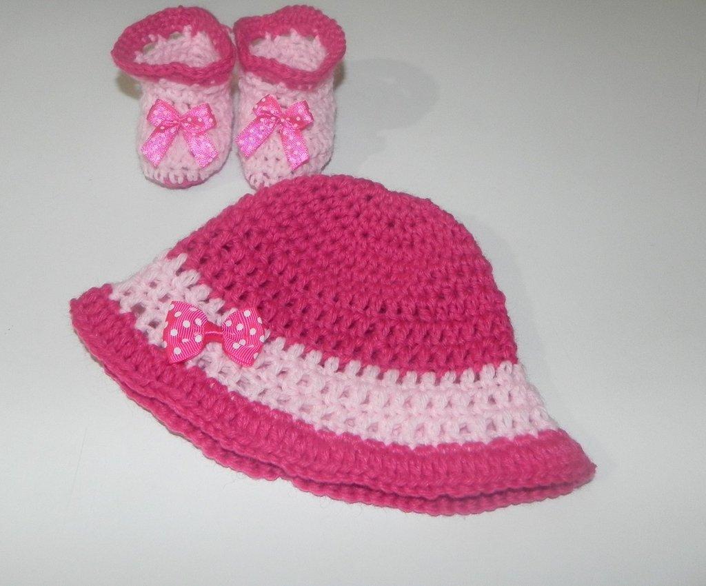 """Cappellino + scarpette neonato bimba uncinetto fuxia-rosa lana """"Gatto"""""""