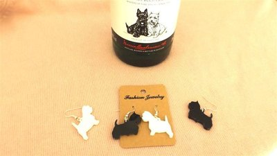 PAIO ORECCHINI plexiglass - black& WHITE - scottish e westie - no fimo - no made in china