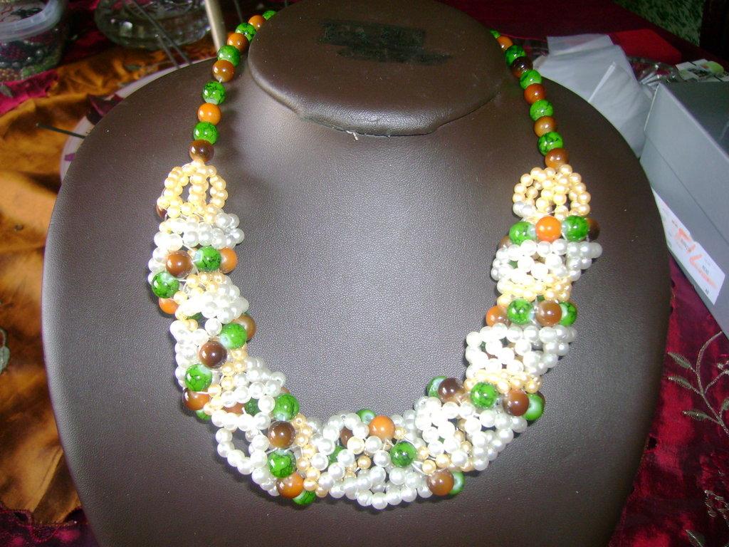 collana artigianale in perline