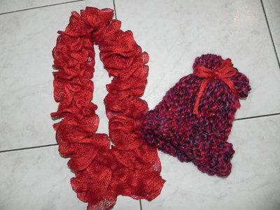 Cappellino + sciarpetta  bimba fatti a mano