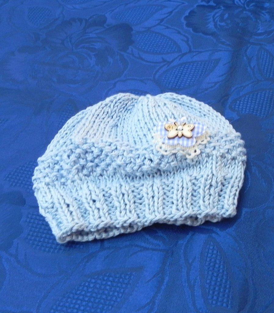 Cappellino neonato cotone 100% fatto a mano con farfallina