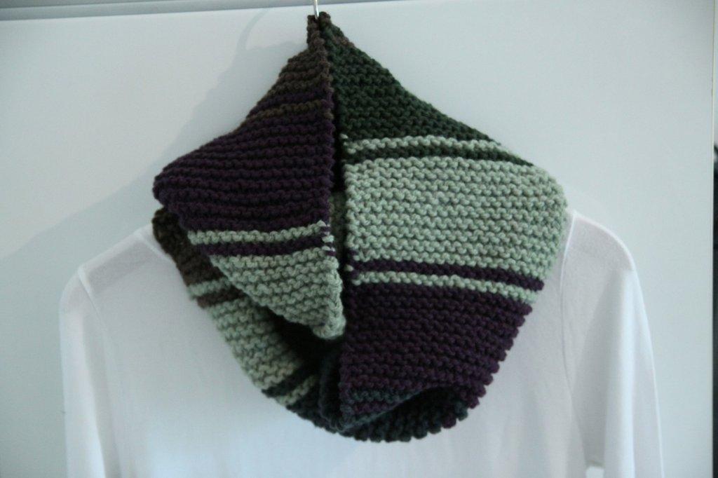 Sciarpa infinity in lana multicolore in due versioni