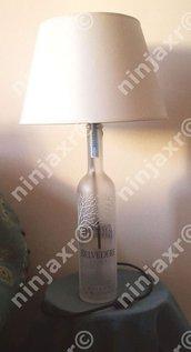 Lampada da tavolo Bottiglia Led Vodka Belvedere Magnum Illuminator 1,75 L.