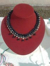 girocollo catena intrecciata con coda di topo nera e perle nere