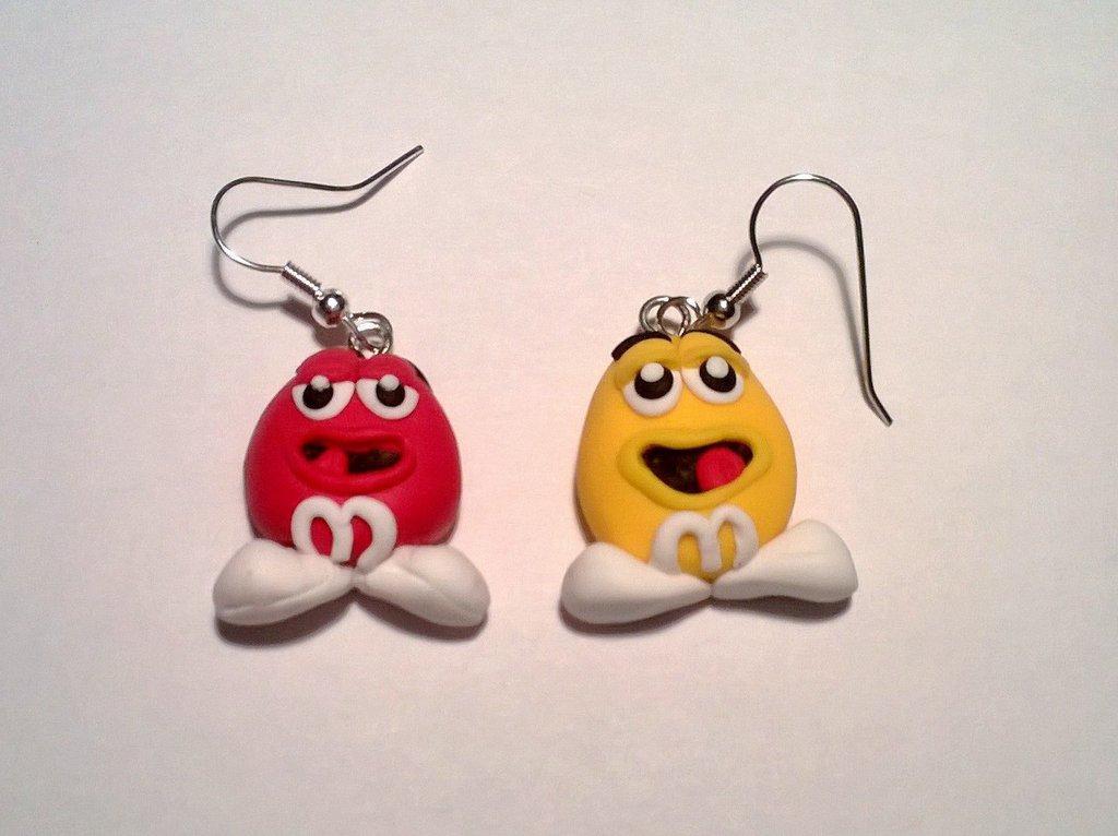 ORECCHINI M&MS