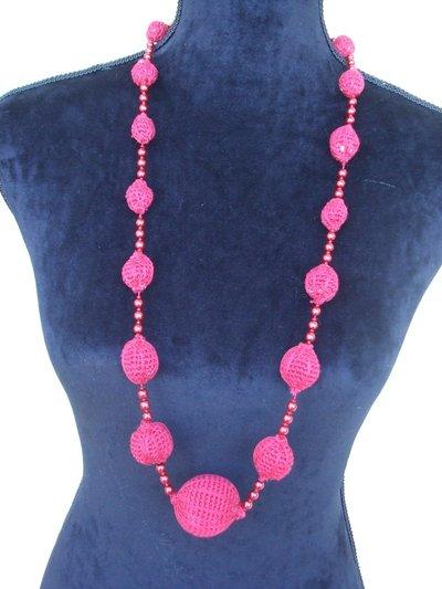 collana rossa sfere perle cotone uncinetto