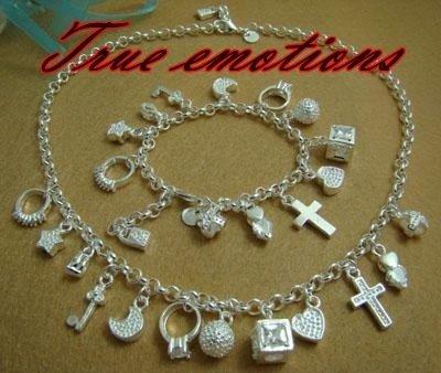 PARURE collana + bracciale con tanti charm in argento 925