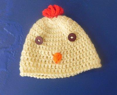 Cappellino bimbo/bimba uncinetto galletto giallo paglierino cotone o lana