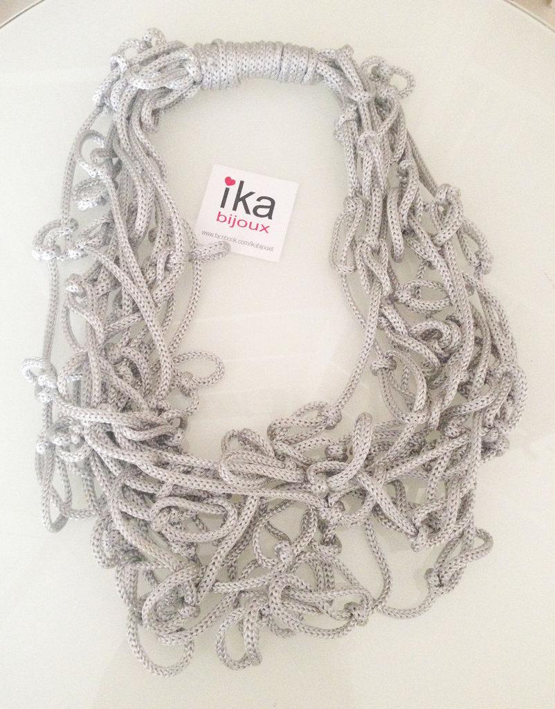 Collana Sciarpa nodi in cordoncino argento