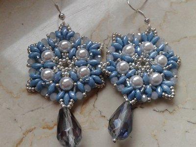 orecchini a esagono perle cerate