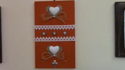quadretto shabby  porta chiavi con gessi profumati bella idea regalo