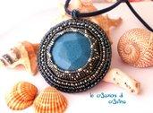 Medaglione egiziano blu argento con perline