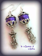 Orecchini charms gufetto in argento tibetano perle viola