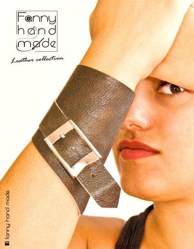 Bracciale - polsino UNISEX in pelle chiuso da stringa e fibbia