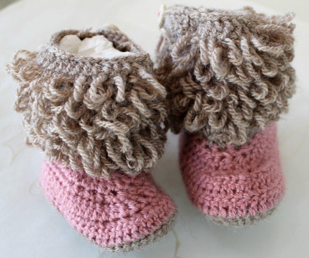 Top stivaletti neonata all' uncinetto - Bambini - Accessori bebè - di  HG35