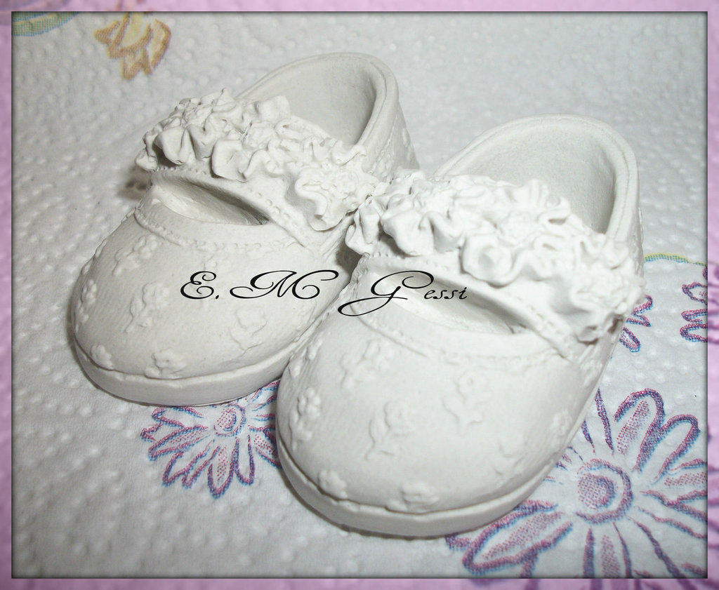 Scarpina in gesso ceramico