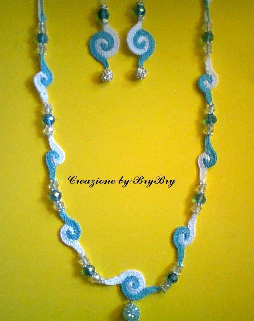 collana e orecchini
