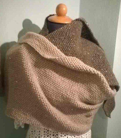 Sciarpa fatta a maglia