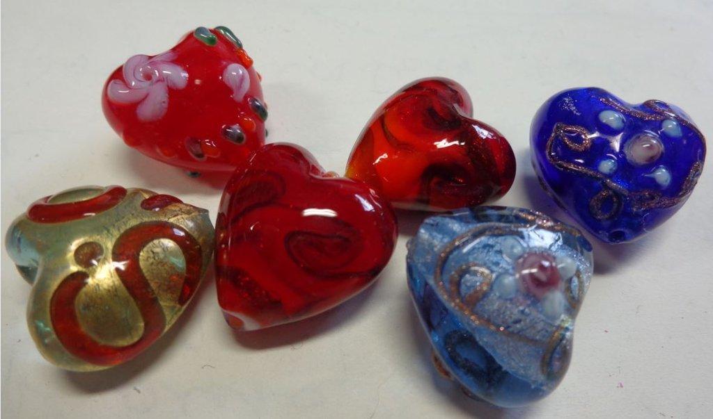 6 perline Cuore in Vetro