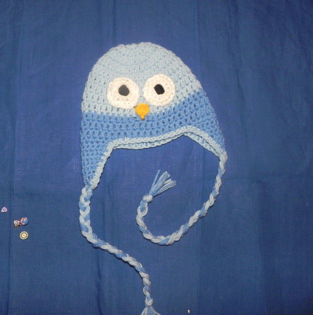Cappellno gufetto bebè nei toni dell'azzurro
