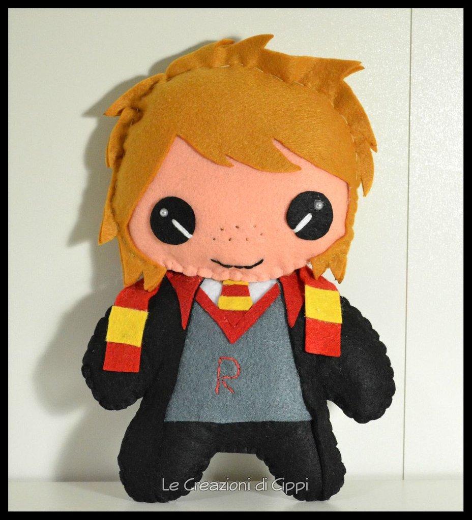 Pupazzo in pannolenci Ron fatto a mano.