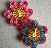 Segnaposto/ decorazione fiore realizzata con tecnica quilling cartoncino