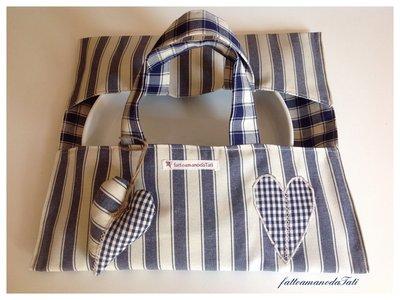 Porta torte in cotone a righe e quadri blu con cuore a quadrettini