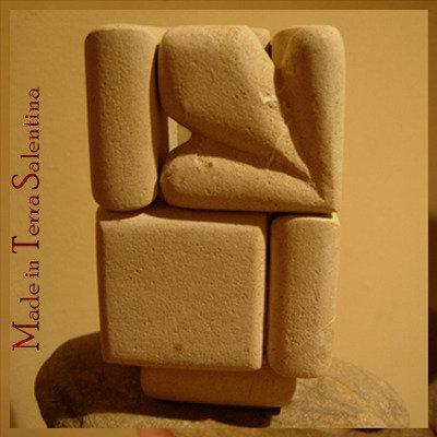 Portapenne / portafiori in pietra leccese fatto a mano