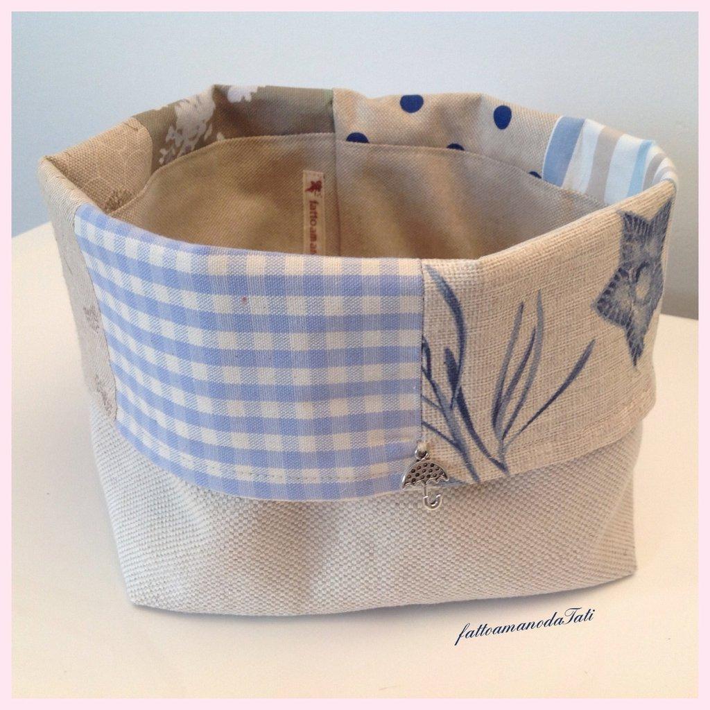 Cestino portapane patchwork in cotone sui toni dell'azzurro ed ecrù