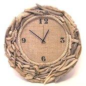 Orologio da parete  con legni di mare, corda , e juta realizzato a mano