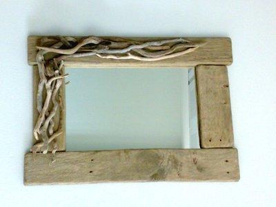 LOPSIDED specchio con legni di mare e tavole di recupero fatto a mano