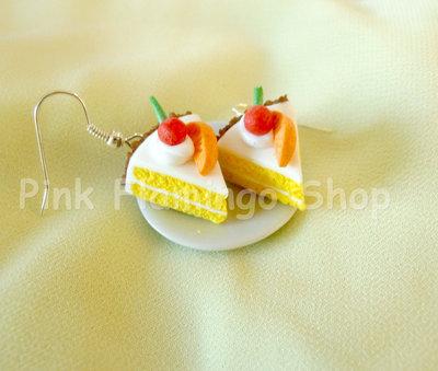 Orecchini panna montata, arancia e ciliegia - fatti a mano in pasta polimerica (Fimo)