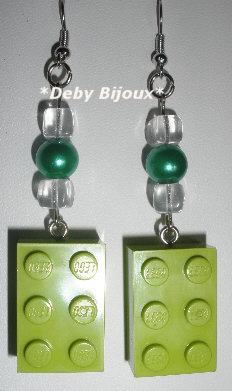 Orecchini mattoncino Lego verde e perline