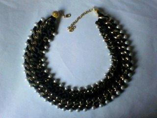 collana perle e raso