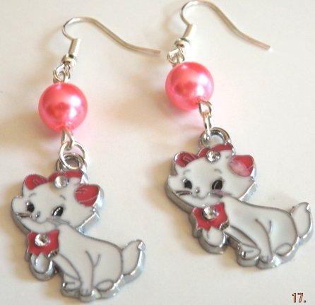 Orecchini gatta Minou con ciondoli e perline rosa!