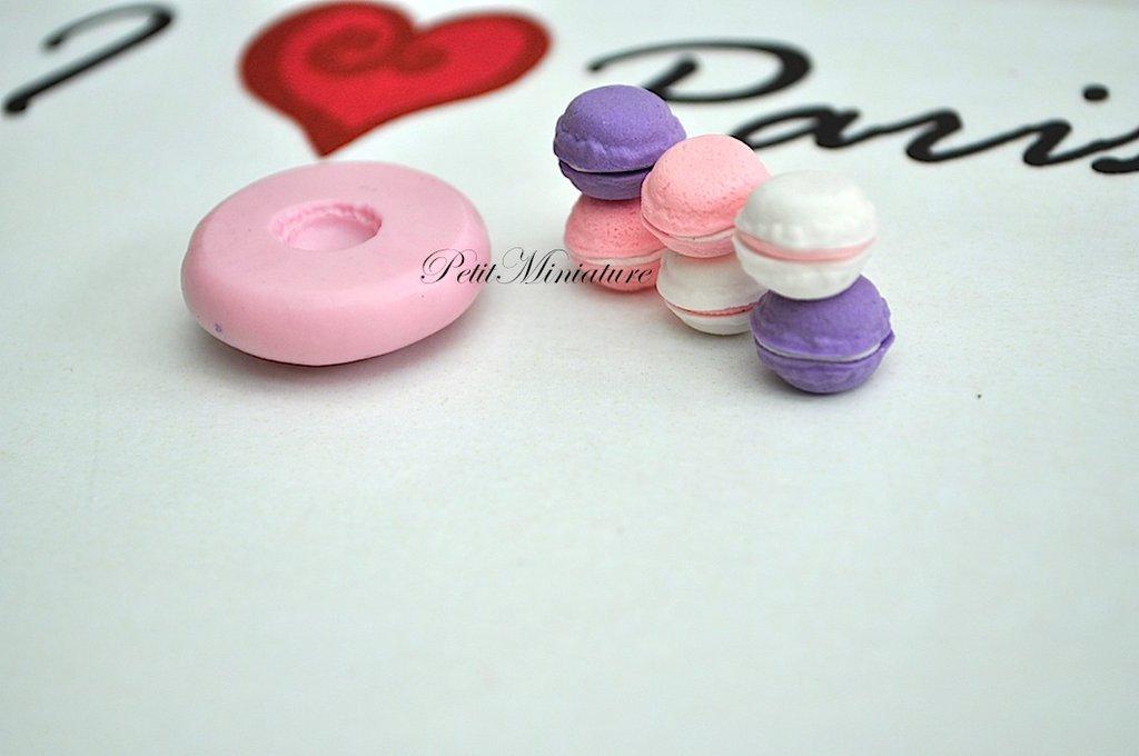 STAMPO MACARON 1cm ST004 in silicone flessibile 3d macaron miniature dollhouse charm kawaii fimo gioielli sapone resina gesso