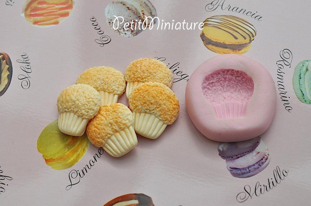 Cupcake stampo ST021 3D in Silicone flessibile Mold 3cm panna montata Deco in miniatura Kawaii dolci Mold Fimo gioielli Charms cibo Soap