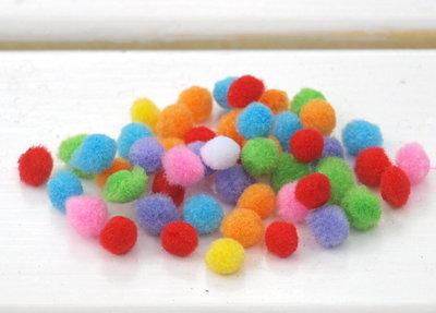 Mix 50 pompon - 8 mm