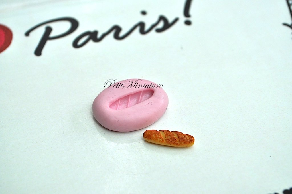 STAMPO PANE baguette 1,6mm ST010 in silicone flessibile 3d macaron miniature dollhouse charm kawaii fimo gioielli sapone resina gesso