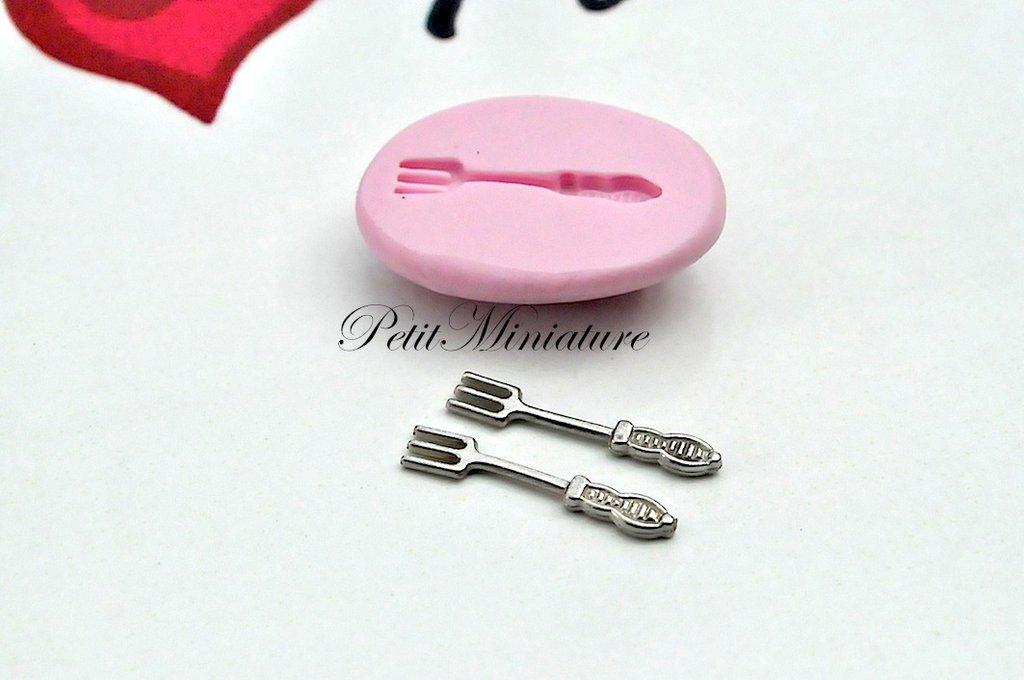 Stampo per fimo ST036 flessibile mini posate forchetta cucchiaio coltello casa delle bambole-dollhouse-miniature-kawaii-stampo fimo
