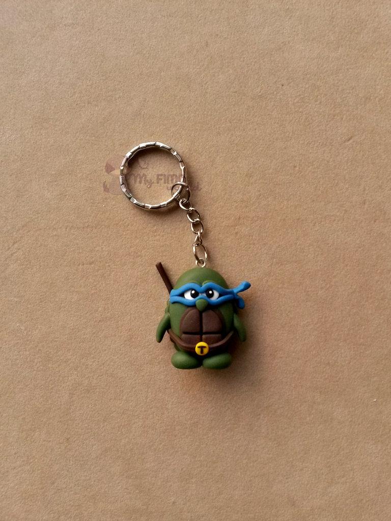 Portachiavi con pinguino Ninja-Turtle fimo