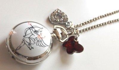 Collana color argento con orologio di cupido,ciondolo cuore con strass e ciondolo rosso in cristallo farfalla