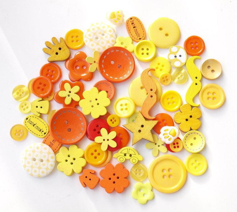 Mix 50 bottoni - Sole
