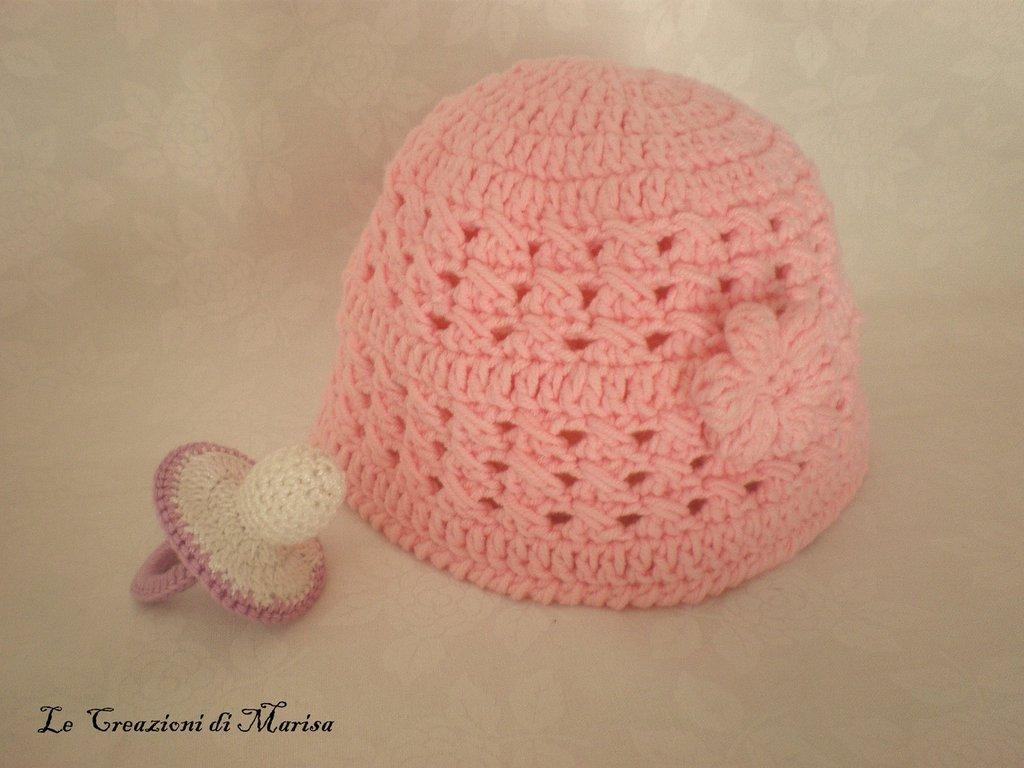 cappello neonata rosa ad uncinetto