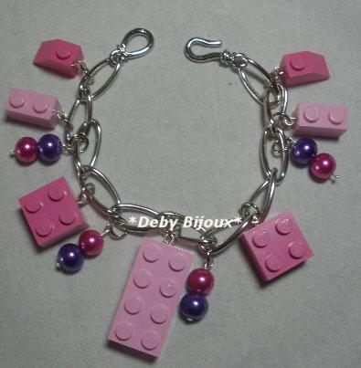 Bracciale mattoncini Lego e perline rosa