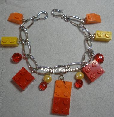 Bracciale mattoncini Lego e perline arancio